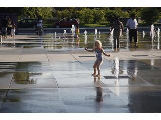 广场旱喷泉